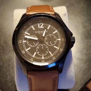 Mens/Unisex Coach Watch. 40mm. Barely worn